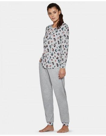 Pijama...